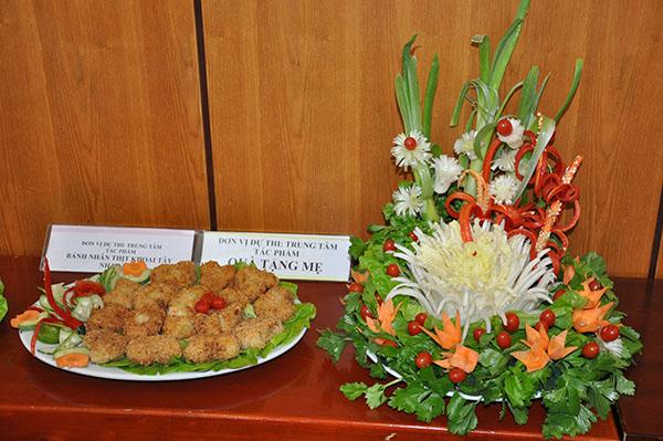 """Cuộc thi """"Nấu ăn và Cắm hoa"""" chào mừng ngày quốc tế phụ nữ 8/3-1"""
