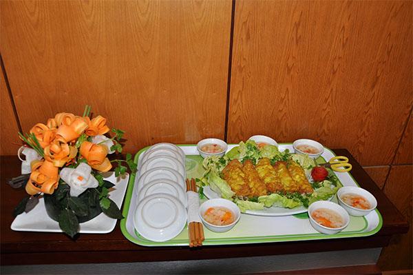 """Cuộc thi """"Nấu ăn và Cắm hoa"""" chào mừng ngày quốc tế phụ nữ 8/3-5"""